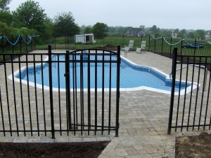 Middletown pool & fence